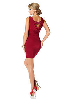 Красивое платье на ОТТО