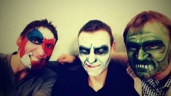 Парни из Беларуси сделали костюмы на хэллоуин