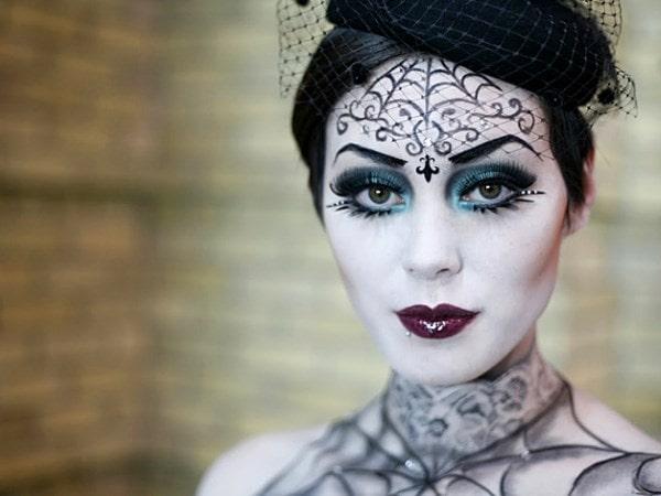 Интересный костюм для хэллоуин