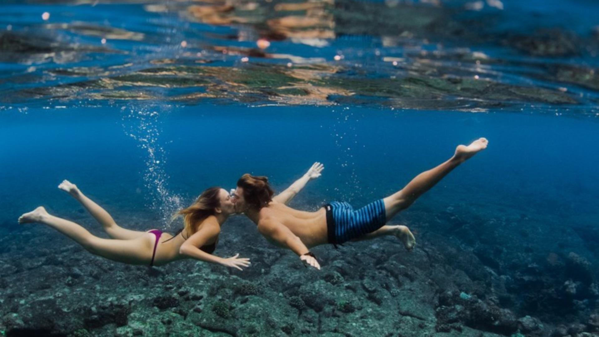 Подводный поцелуй