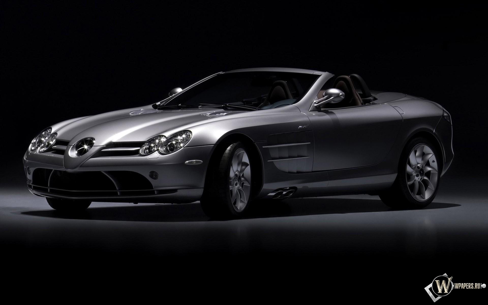 Mercedes Cabrio.