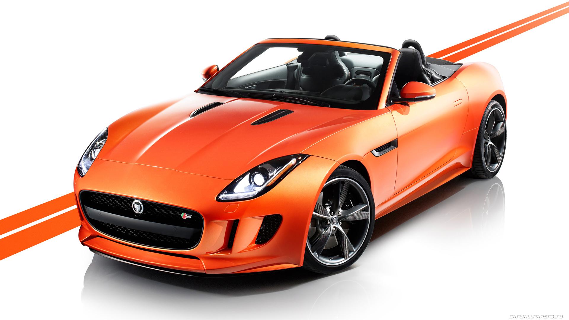 Jaguar F-Type вид спереди